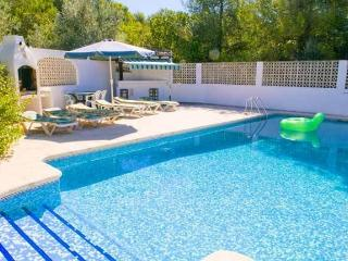 Javea, Villa Luis, gated pool, UK TV, Wi-Fi, 5 bed, Jávea