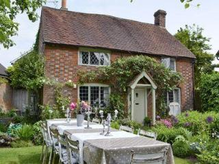 BAYTREE COTTAGE, Holmbury St Mary