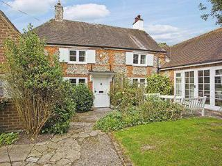 APPLE TREE COTTAGE, Selsey