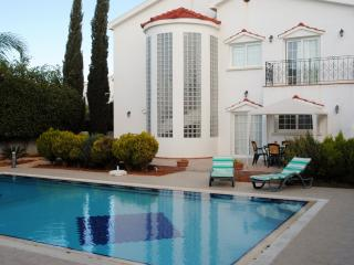 Superb Villa with Private Pool, Bogaz