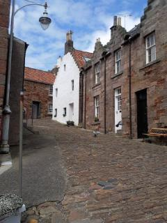 Cobbled street down to Harbour