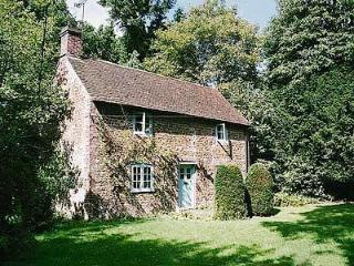 YEW TREE COTTAGE, Bentley