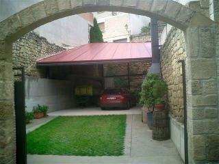 Casona de piedra sXVIII con bodega y barbakoa CR, Villabuena de Alava