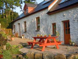 An Ti Glas,  Eco Cottage