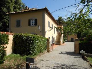 Residenza Sant'Anna del Volterraio mini appartamento in antica casa padronale
