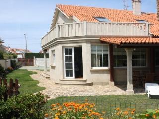 Casa de 210 m2 de 4 dormitorio, Provincia de A Coruña