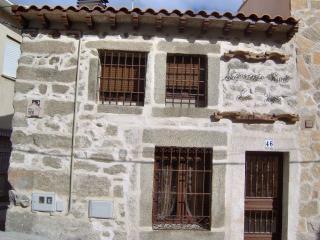 Casa Rural 'Los 2 Yugos'. De 2 a 6 plazas. Economica.