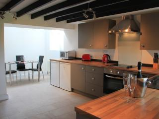 The spacious Kitchen/breakfast room with underfloor heating is a great place for breakfast