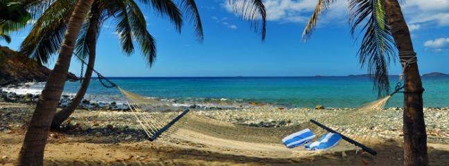 Amazing Private Beachfront Villa for 2-10, Cruz Bay