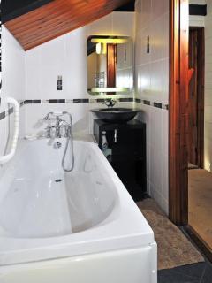 Bathroom at holiday farmhouse st davids peninsula