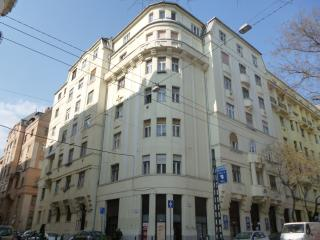 central village neighbourhood, 2 bedroom apartment, Budapest