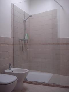 Bathroom near bedroom 2