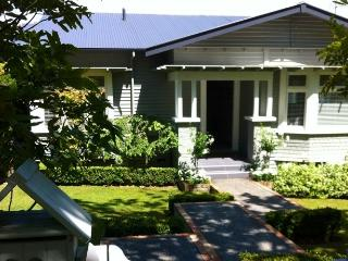 REMUERA: 2 BEDROOMS: 5 STAR TRIP ADVISOR, Auckland Central