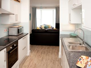 SeaCrest 2 - Contemporary Apartment Views over Porthmeor - Sleeps 4 with Parking, St Ives