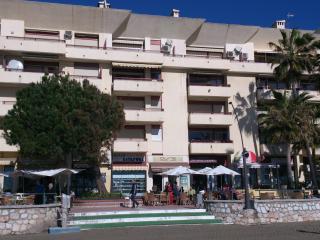 Apartamento  primera linea de  playa  Estepona
