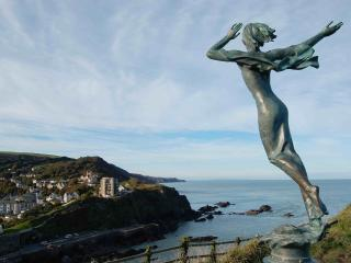 Large house with stunning sea views near Tunnels Beach, Ilfracombe