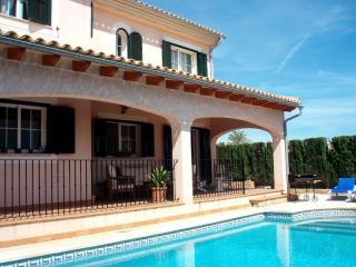 Casa de 400 m2 Incluidos jardin y piscina, Sant Carles de la Ràpita
