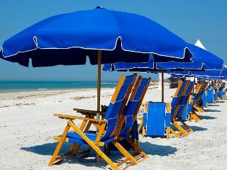 DAYTONA's BEST 6br FAMILY BEACH VACATION DEAL!, Daytona Beach