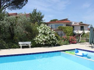 Villa Bobolino Holiday Home