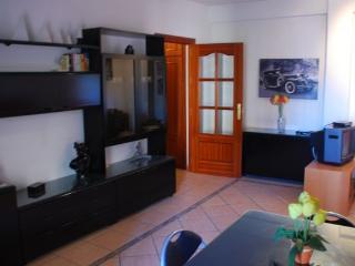 Apartamento de 120 m2 de 3 dormitorios en Granada