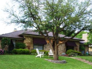 Executive Dallas / Plano Vacation Home Sleeps 8