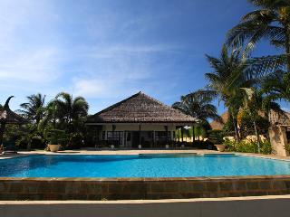 Bali Holiday Villa - Villa Bunga Melati