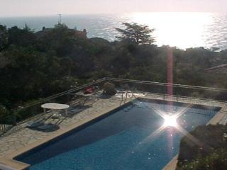 Villa Apartment PARADIS Exceptional  SEA VIEW, Les Issambres