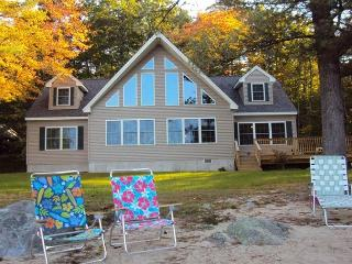 Winnipesaukee Home just built 4bed with Sand Beach, Moultonborough