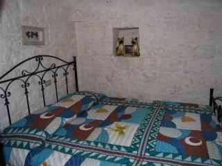 double bedroom in trullo