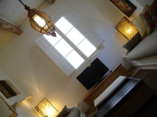 Sliema Traditional Townhouse