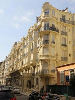 Facade; apartment on 4th floor; serviced by reliable historic lift