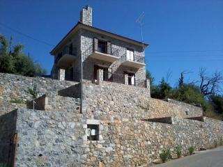 Kalamata-Stone Cottage Tayetos