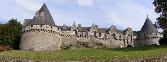 Chateau to be explored at Pontivy