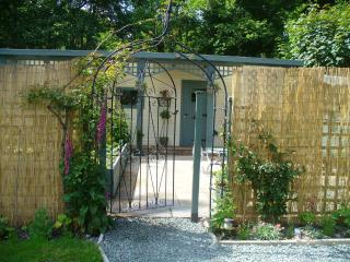 Riverside Retreat, Llanrhaeadr ym Mochnant