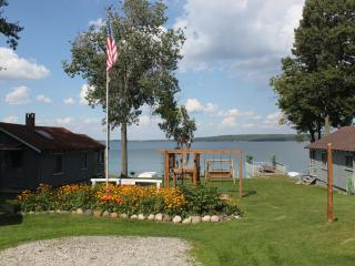 Beautiful Hubbard Lake Cottages