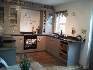 state of the art kitchen with all of the essentials and more to make your holiday feel like home