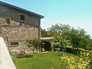 ANTICA CASCINA LIANO- GARGNANO - BILOCALE, Gargnano