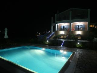 Kefalonia Holiday Villa with Private Pool and Sea Views. 5 bedroom, sleeps 10