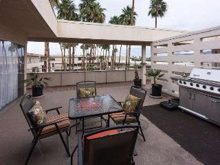 Penthouse Condo Downtown Palm Springs