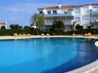 BEAUTIFUL1 BED in Oasis Parque nr ALVOR, Penina
