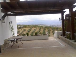 Casa de 300 m2 para 8 personas en Nivar