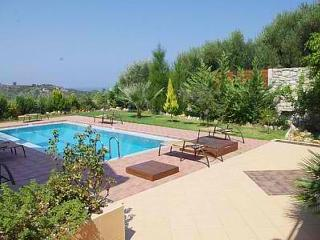 Villa Ioli, Agia Marina
