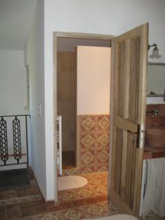 accès wc et douche par chambre