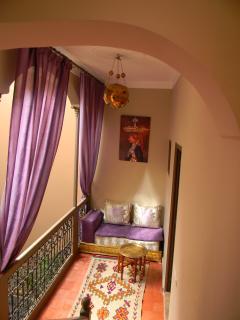 lounge under passageway