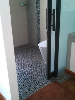 Shower room - rear bedroom