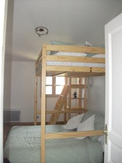 Upstairs double x double-bed bunks (sleeps 4). French doors to private west facing sunset terrace