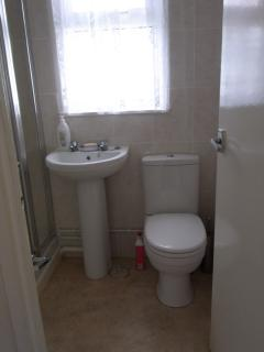 Lovely modern and clean shower room. Toliet roll provided so you dont have to rush out shopping!