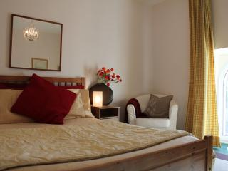 Master bedroom with en-suite bathroom (bath, overhead shower, separate wc)