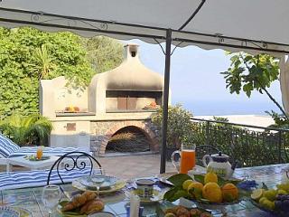 Casa Maggiolina, Conca dei Marini