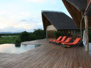 Royal Jozini's Siqalo Lodge